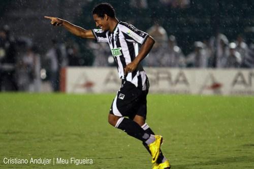 Figueirense 5 x 2 Brusque - 13 - Foto de Cristiano Andujar - Catarinense 2011 - 23012011 copy