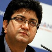 Lyricist Prasoon Joshi accused of Plagiarism - BJP Anthem