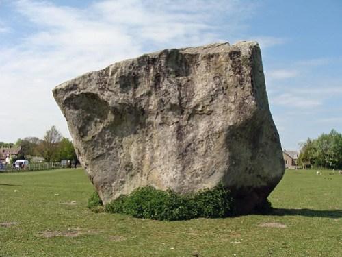 Avebury stone 02