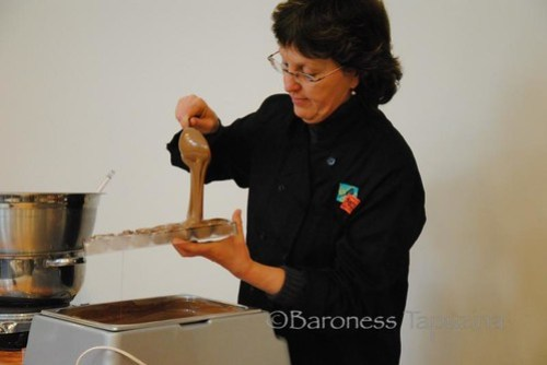 Making Chocolate Casings