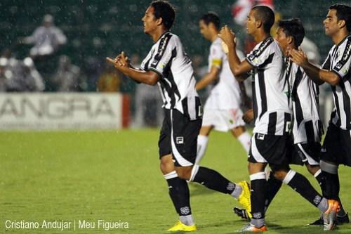 Figueirense 5 x 2 Brusque - 12 - Foto de Cristiano Andujar - Catarinense 2011 - 23012011 copy