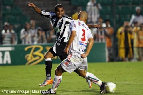Figueirense 5 x 2 Brusque - 08 - Foto de Cristiano Andujar - Catarinense 2011 - 23012011 copy