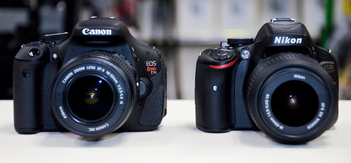 Canon T3i vs Nikon D5100 compare side by side