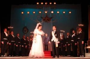 """""""Cenușăreasa"""" și """"Les Petits Riens"""", pe scena Operei Brașov"""
