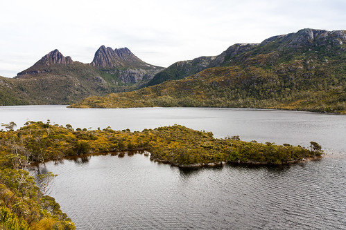 Cradle Mountain seen from Glacier Rock