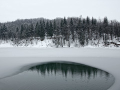 Snow, ice and reflex (on the Pianfei lake)