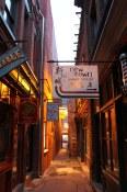 Victoria  Fab Tan Alley