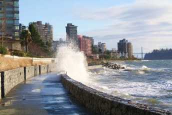 Wave Crashing | West Vancouver Seawall