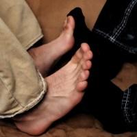 Fußspiele barfuß und in Socken