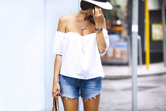Trend | Off the shoulder // Precies Lies