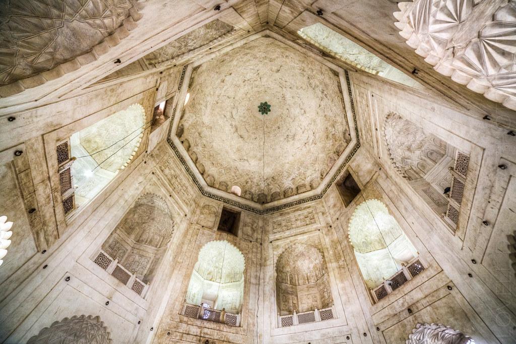 Bibi Ka Maqbara - The Ceiling