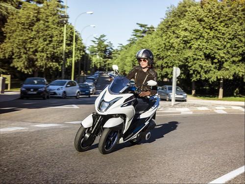 Yamaha Tricity 2014 08