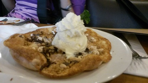 S'mores pizza by CPK