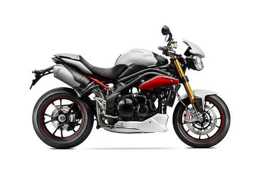 Triumph Speed Triple R 2014 03