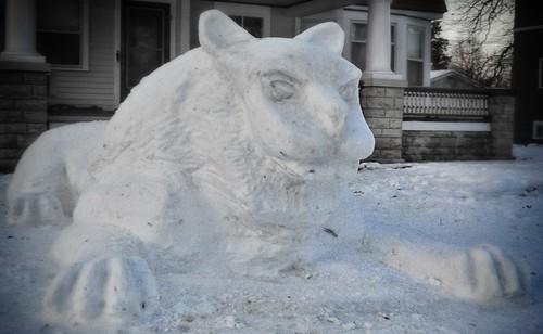 361: Snow Sphinx