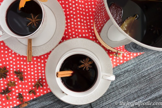 mulled-wine-the-joyful-foodie-3