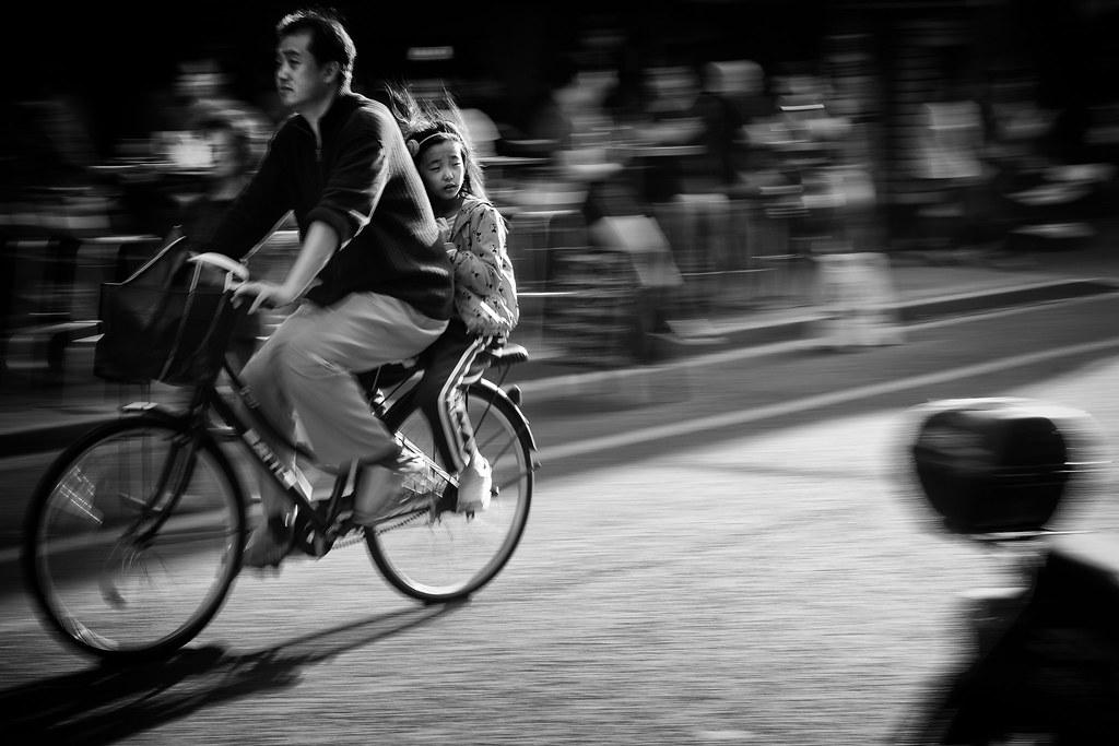 In her childhood memories, it was a much wider street~ Shanghai