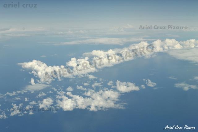 Nubes en Océano Pacífico - LAN841