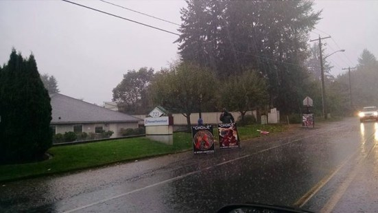 A little bit of rain at yesterday's #ProtestPP display in Bremerton, WA.