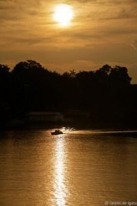Por do sol no Rio Negro