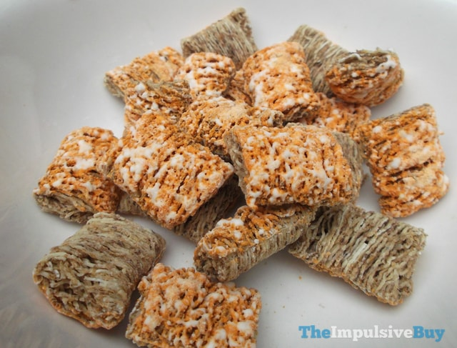 Kellogg's Limited Edition Frosted Mini Wheats Pumpkin Spice Cereal 2