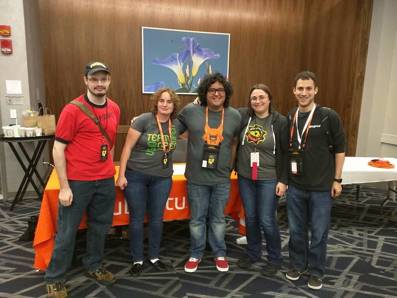 Yay the #Ubuntu crew :D #ohiolinux