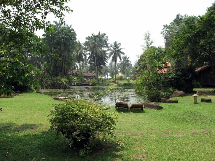 Территория Tanjung Inn