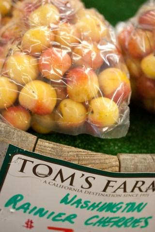 Washington Rainier Cherries