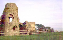 """Pevensey Castle • <a style=""""font-size:0.8em;"""" href=""""http://www.flickr.com/photos/59278968@N07/6326186220/"""" target=""""_blank"""">View on Flickr</a>"""