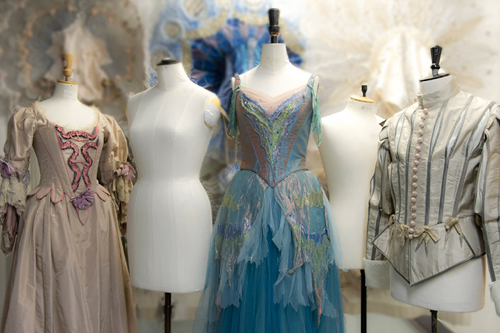 6056297320 36803d9023 o I Need To Go: Royal Opera House Holding Costume Sale %tag