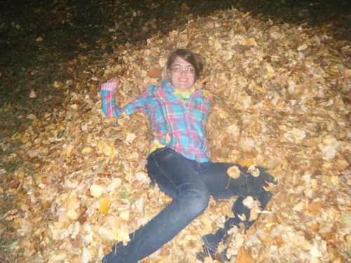 pushed in leaves :]