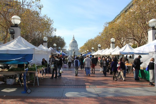 Farmer's market at Civic Center