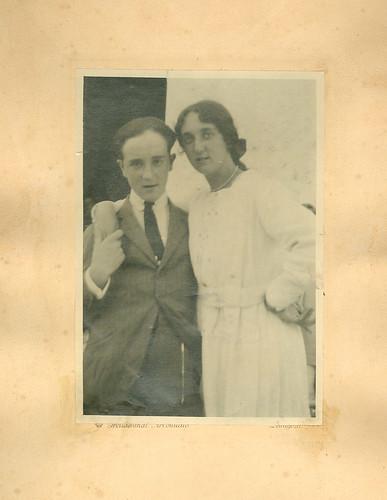 Carmen Bellido con su hermano Faustino