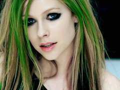 Avril Lavigne: Look Punk y Glam