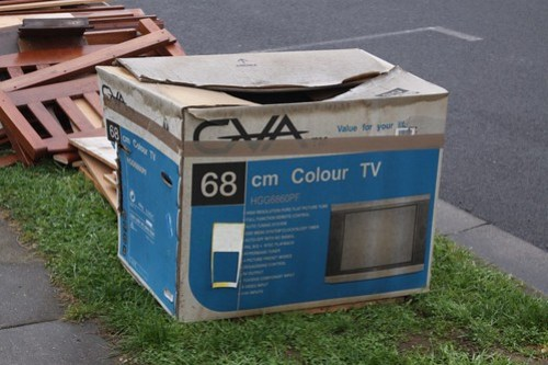 Spotted: box for a 68 cm CRT television