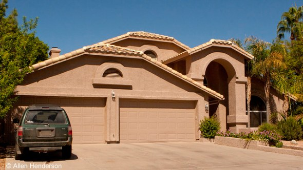 Single level Homes in Ahwatukee 5 bedrooms 4 car garage and pool