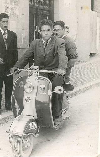 La moto de los cincuenta