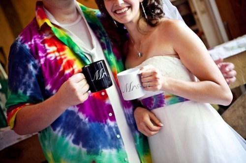 Coffee mugs, hell yeah!