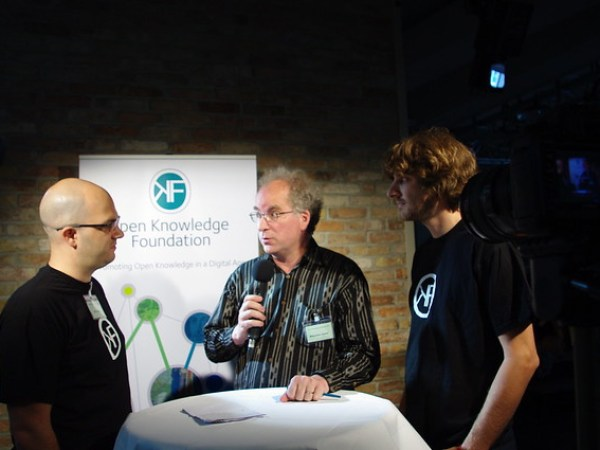Kai Eckert (left) and Adrian Pohl interviewing Brewster Kahle at OKCon 2011