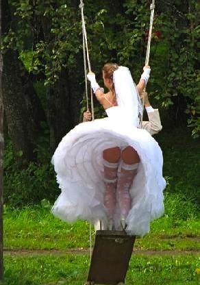 worst wedding dress malfunctions