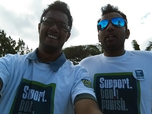 20-06 Mauritius activists