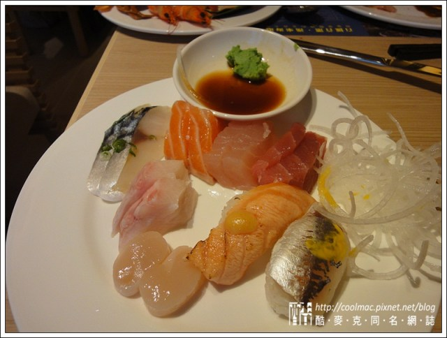 9517442356 150dae04c8 o 台中吃到飽推薦 在廣三SOGO的漢來海港餐廳,精緻度還好價位略貴
