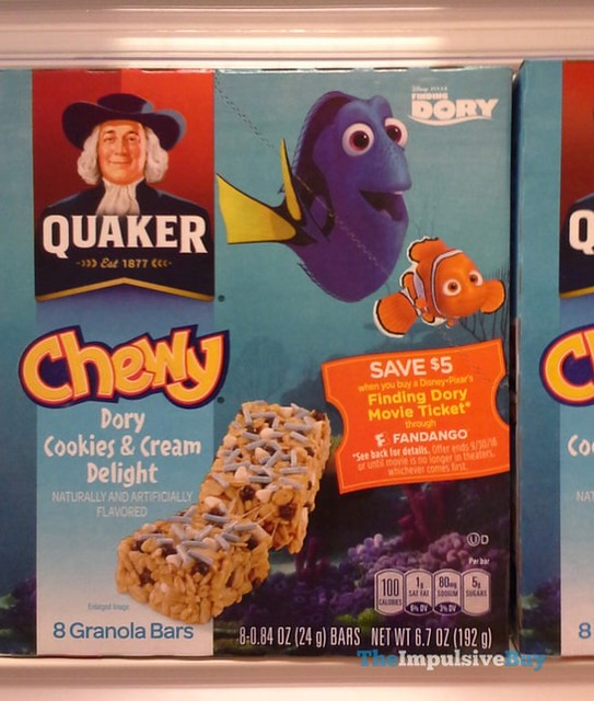 Quaker Finding Dory Chewy Dory Cookies & Cream Delight Granola Bars