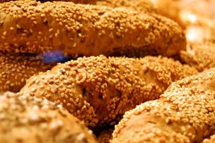 Seseme bread