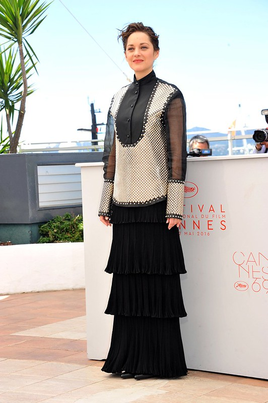 ss12-Marion-Cotillard-cannes-red-carpet-best-dressed-2016-day-9