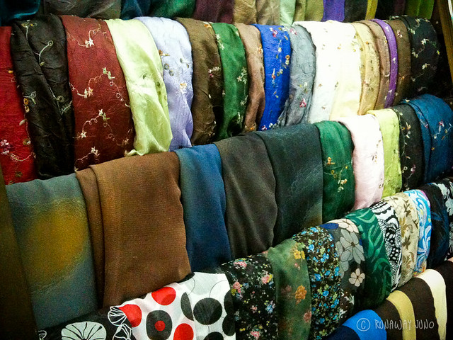 Hoian_Tailor_Fabric_Vietnam