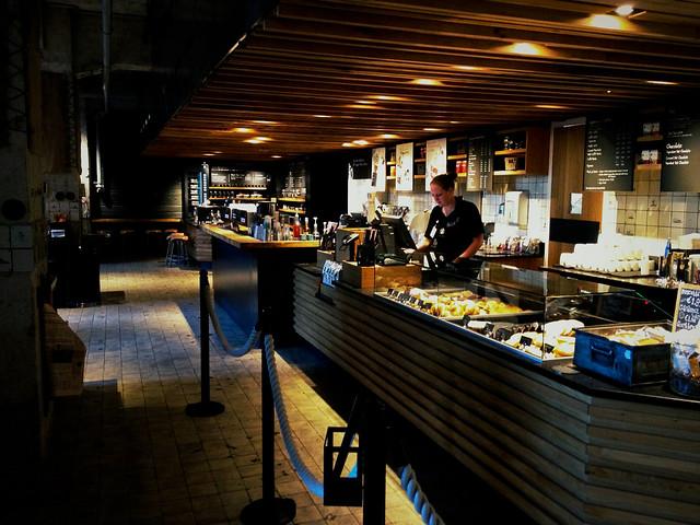 Starbucks Amsterdam-15