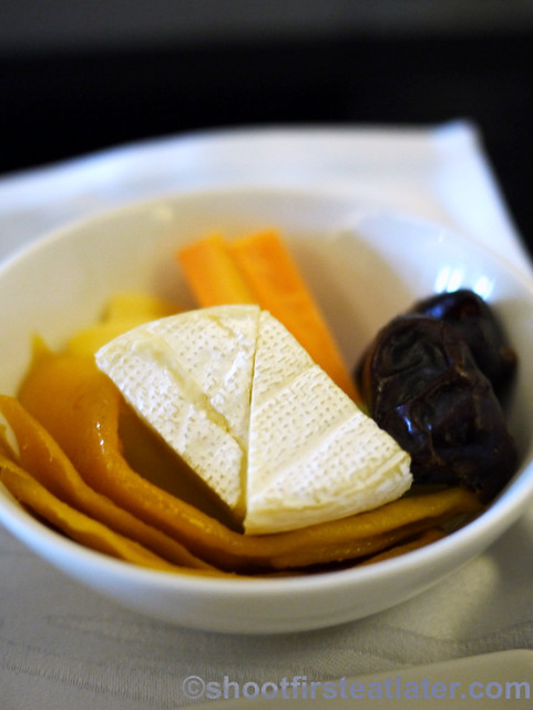 Philippine Airlines Meals- dried fruit with brie