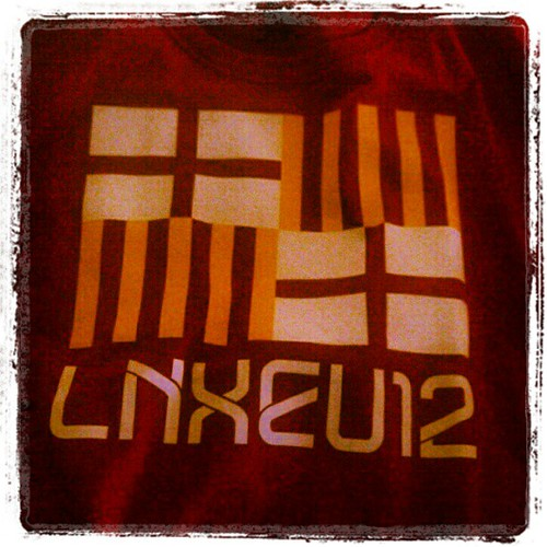 #linuxcon tshirt #breaking IT FITS!! Needs some #arduino #lilypad :-)