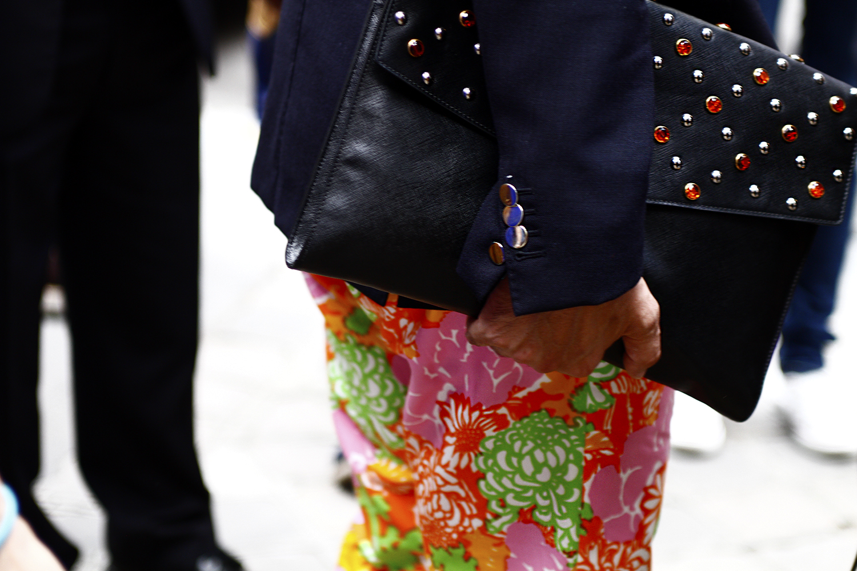 2012_06 Tuukka Laurila Paris Mens Fashion Week Street Style - Prada Briefcase and Flower Printed Trousers2